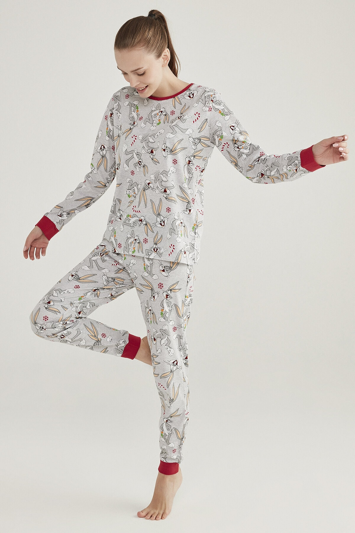 Penti Açık Gri Melanj Baskılı Bugs Pijama Takımı 1