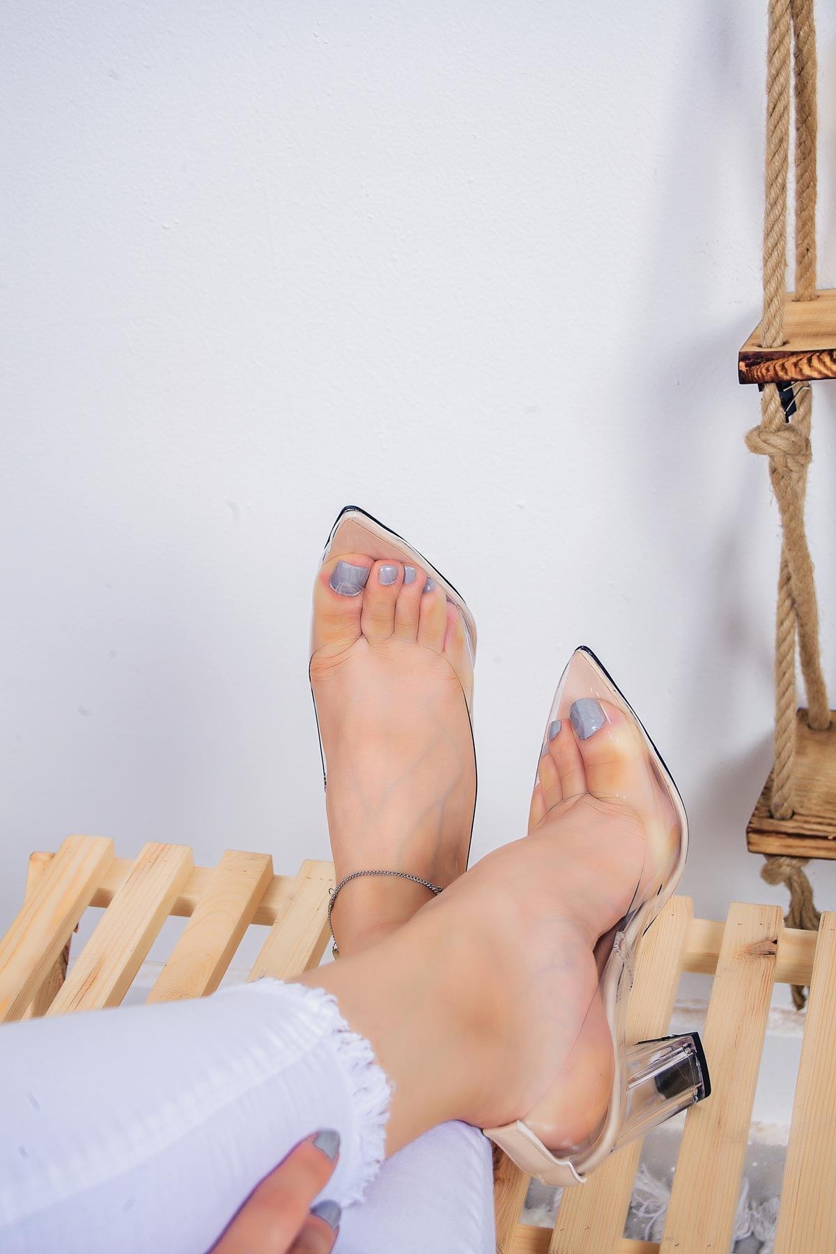 Limoya Kallie Şeffaf Kenarlı Şeffaf Topuklu Stiletto 2
