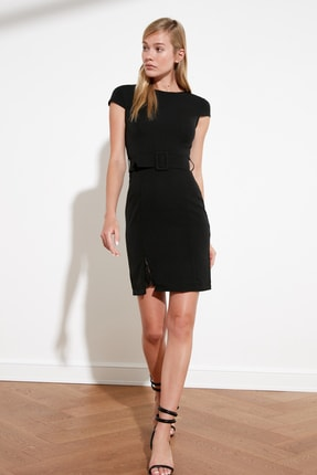 TRENDYOLMİLLA Siyah Kemerli Dantel Detaylı Elbise TWOAW20EL0313