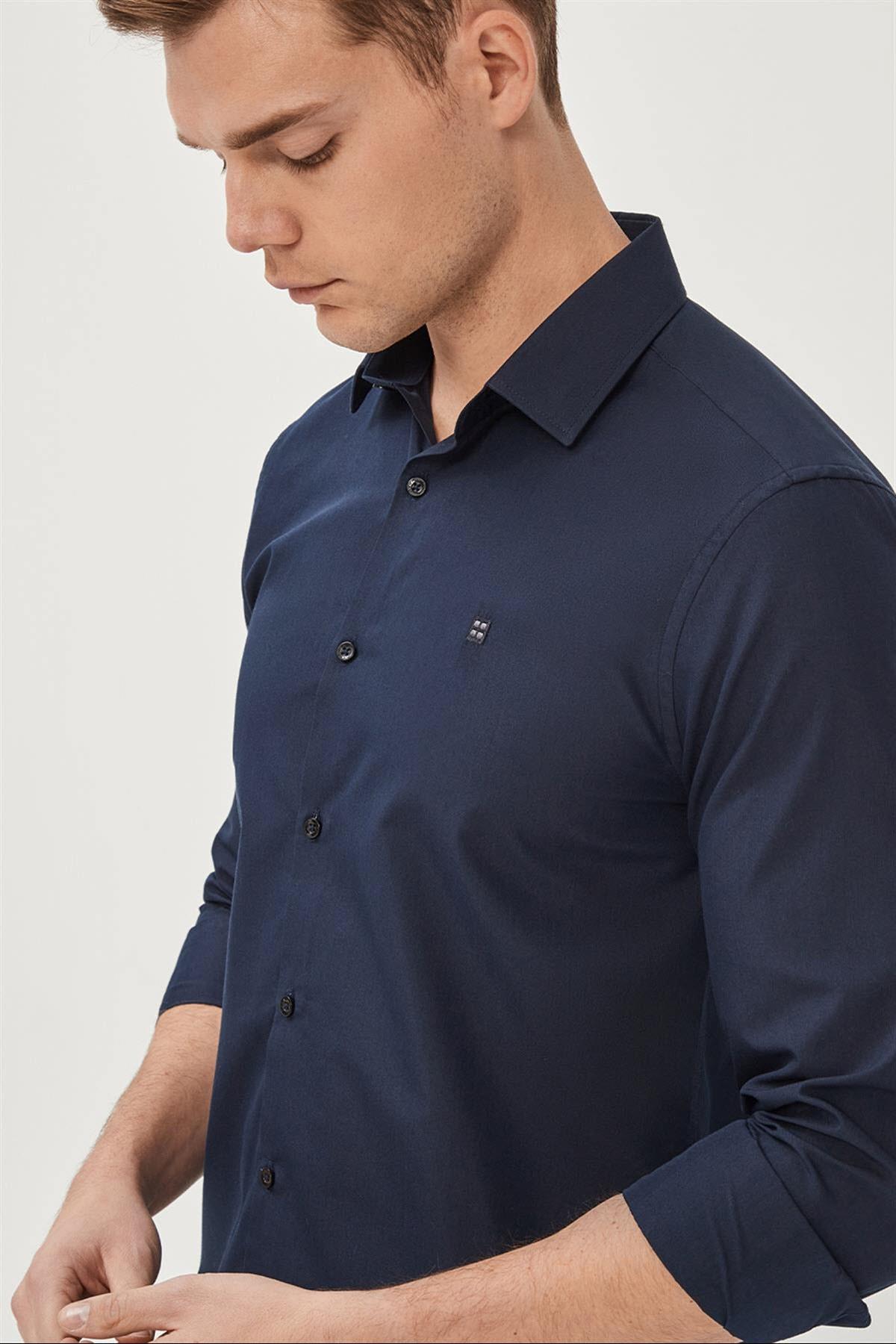 Avva Erkek Lacivert Düz Klasik Yaka Slim Fit Gömlek E002002 2