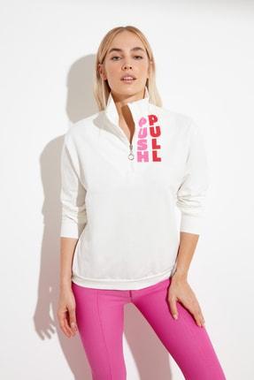 TRENDYOLMİLLA Ekru Fermuarlı Baskılı Dik Yaka Örme Sweatshirt TWOSS21SW0014