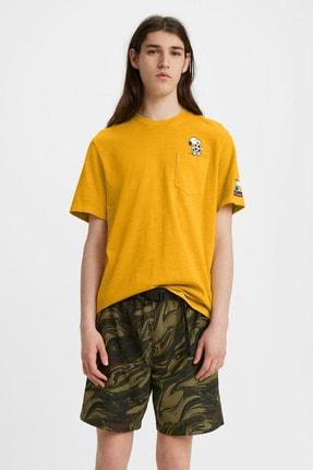 Levi's Erkek Sarı Baskılı Bisiklet Yaka Cep Detaylı Pamuklu T-Shirt 43100014