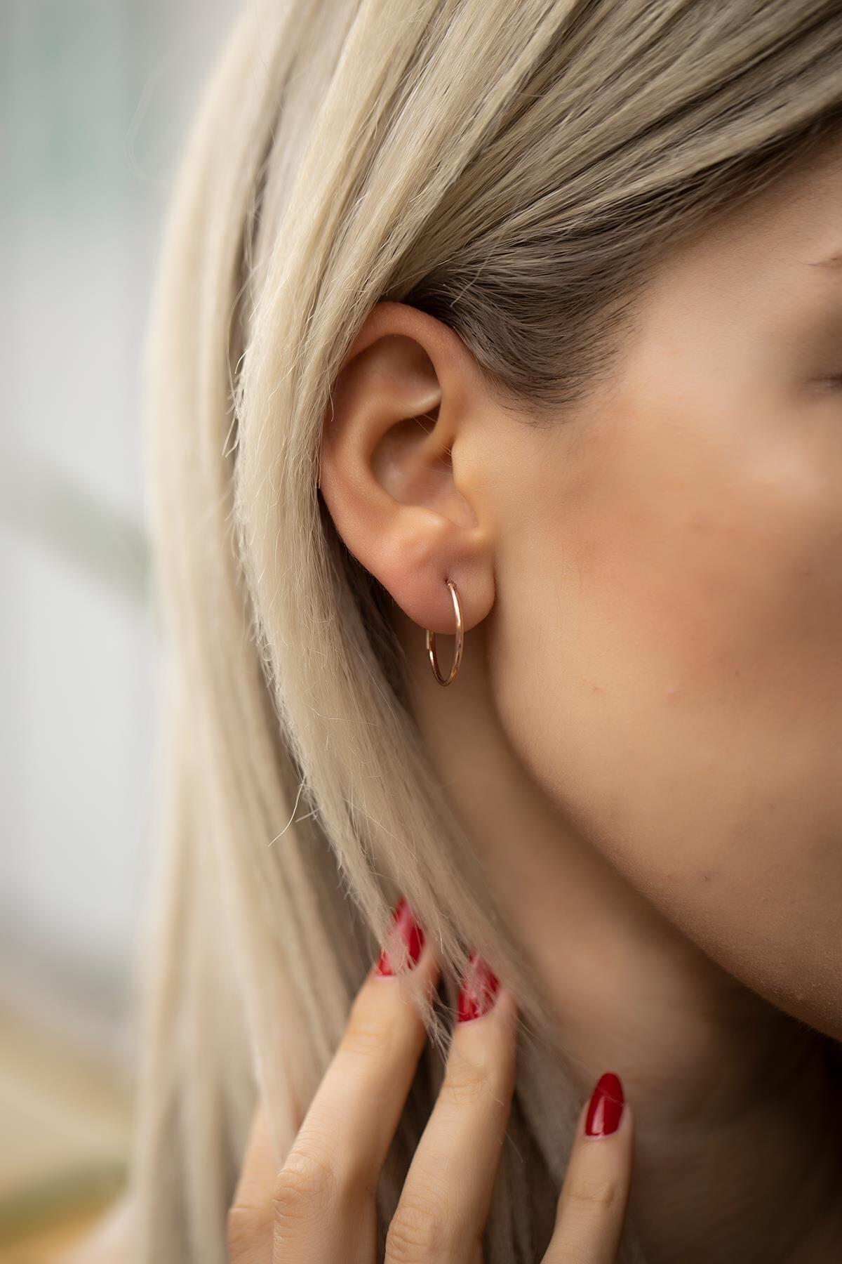İzla Design Kadın Pembe Halka Model Rose Kaplama Gümüş Minimal Küpe 1