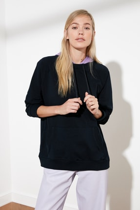 TRENDYOLMİLLA Lacivert Kapüşonlu Örme Sweatshirt TWOSS21SW0109