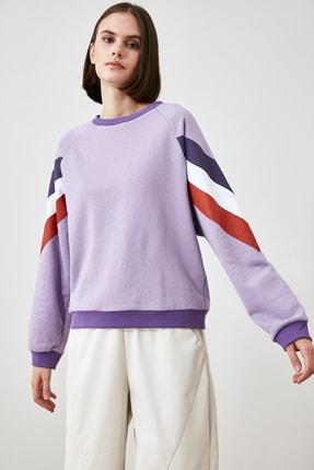 TRENDYOLMİLLA Lila Kolları Renk Bloklu Örme Sweatshirt TWOAW21SW1857