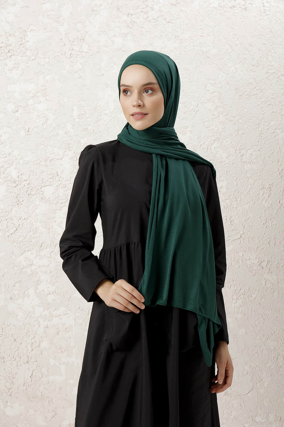 MUJERSCARFS Kadın Zümrüt Yeşili Penye Şal 1