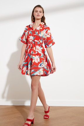 TRENDYOLMİLLA Kırmızı Gömlek Yaka Elbise TWOSS21EL0621