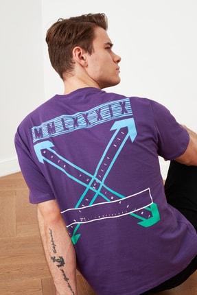 TRENDYOL MAN Mor Erkek Geniş Kesim Bisiklet Yaka Kısa Kollu Baskılı T-Shirt TMNSS20TS1132