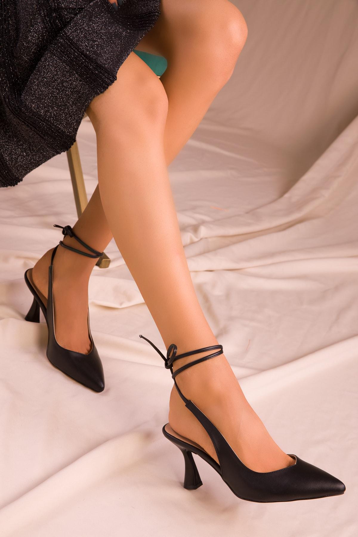 SOHO Siyah Kadın Klasik Topuklu Ayakkabı 15776 1