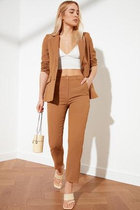 TRENDYOLMİLLA Camel Cigarette Bilek Boy Pantolon TWOSS21PL0017