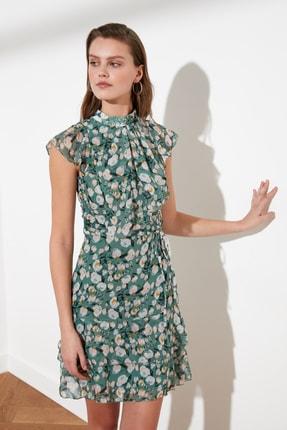 TRENDYOLMİLLA Mint Kuşaklı Çiçek Desenli Elbise TWOSS20EL1620