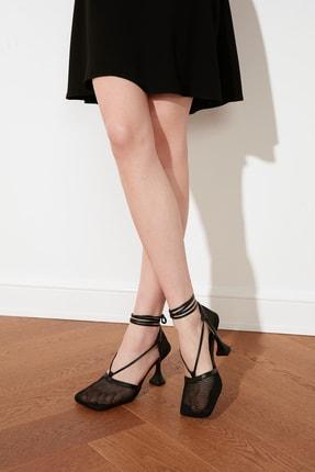TRENDYOLMİLLA Siyah Kadın Klasik Topuklu Ayakkabı TAKSS21TO0050