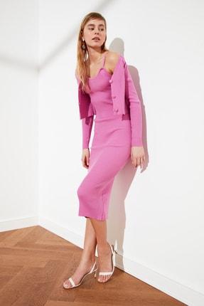 TRENDYOLMİLLA Pembe Düğme Detaylı Hırka Elbise Triko Takım TWOSS21EL0208