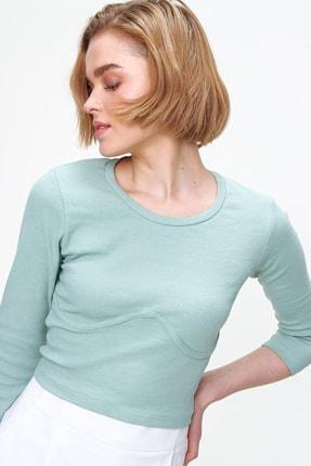 Trend Alaçatı Stili Kadın Çağla Yeşili Gögüs Kavisli Kaşkorse Crop Buz ALC-X5663