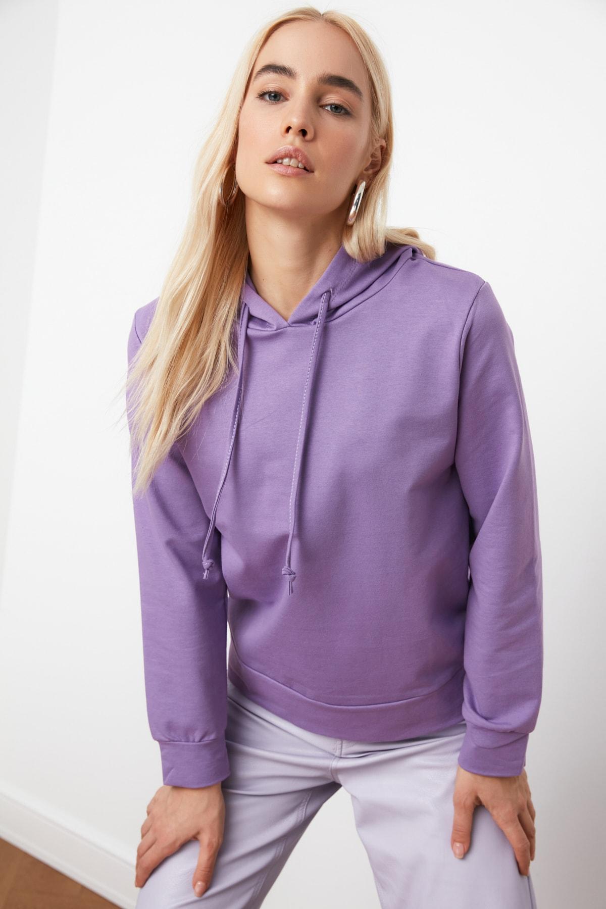 TRENDYOLMİLLA Lila Kapüşonlu Basic Örme Sweatshirt TWOAW20SW0059 1