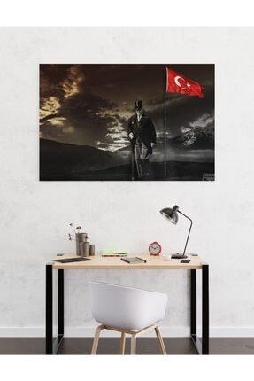 Dekoliya Türk Bayraklı Yürüyen Atatürk Tablosu