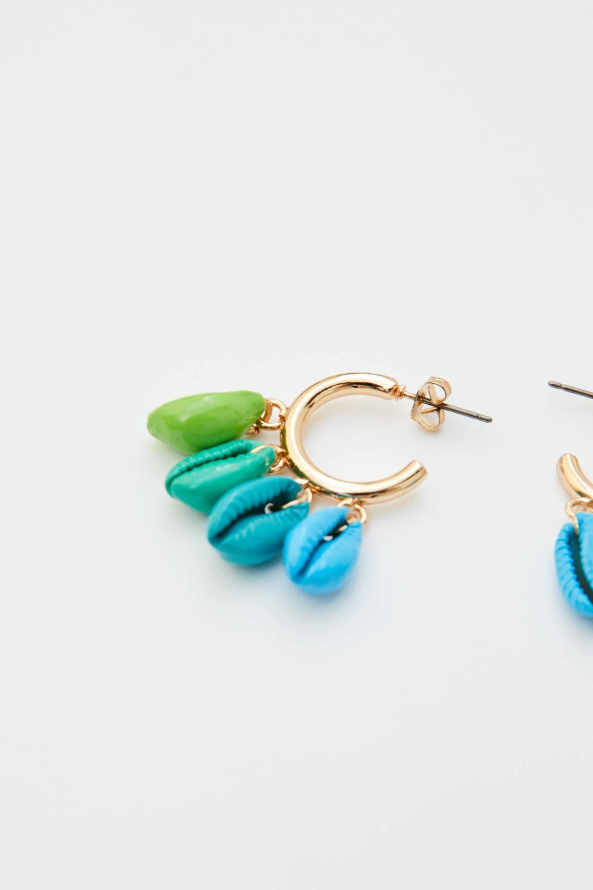 Pull & Bear Kadın Altın Rengi Renkli Deniz Kabuklu Halka Küpe 09996305 2
