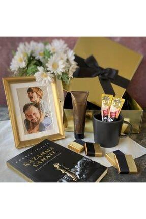 Hepsi Enteresan Babalara Özel, Kürşat Tuncel Kitabı Ile Çikolata Ve Kahve Keyfi