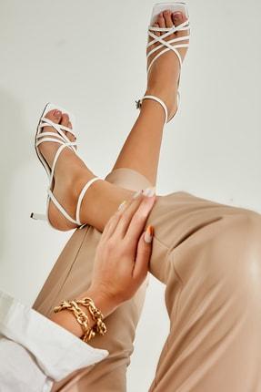 Bambi Beyaz Kadın Klasik Topuklu Ayakkabı L05035303