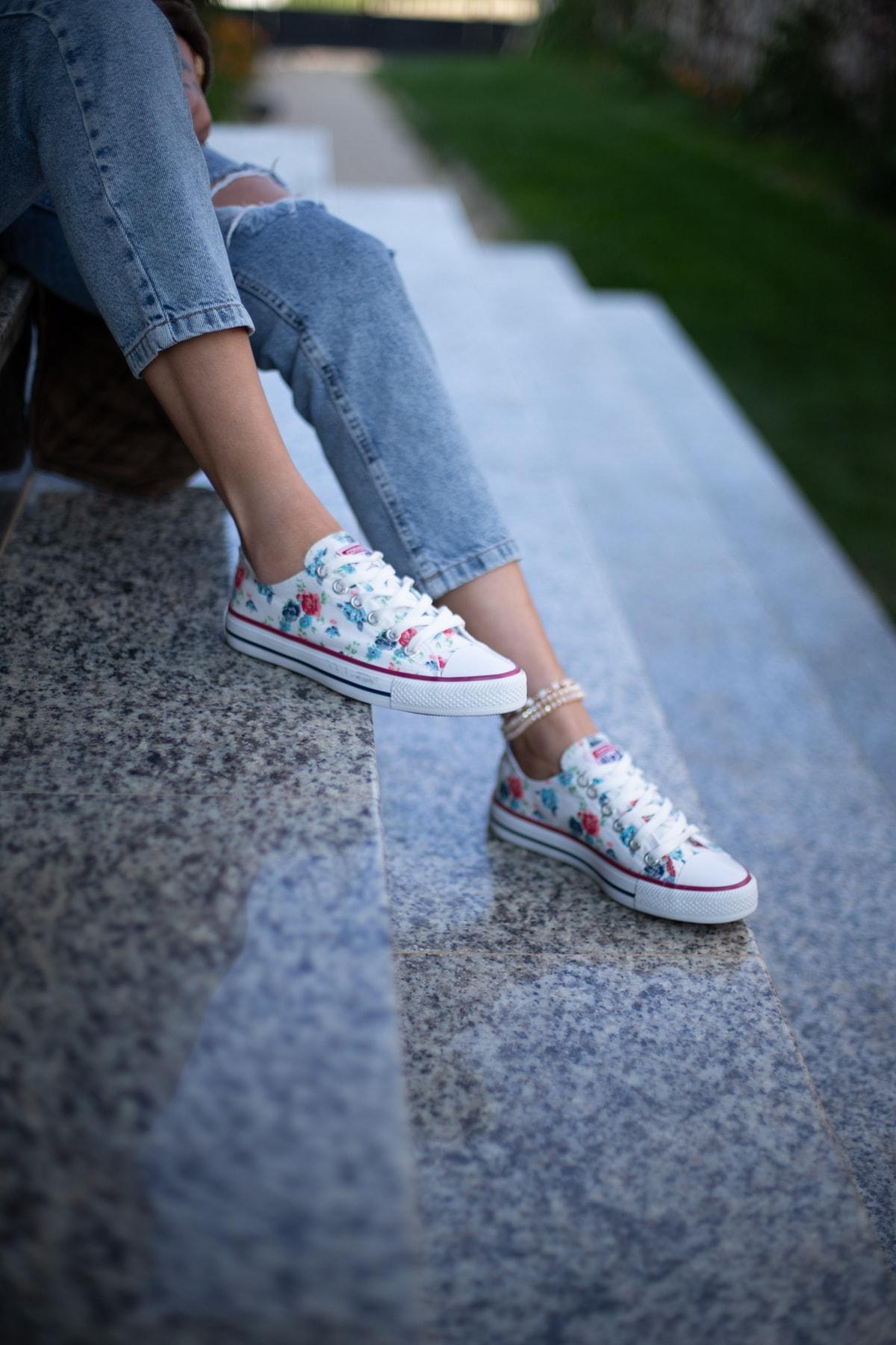 ESPARDİLE Kadın Çiçek Desenli Beyaz Spor Ayakkabı 1