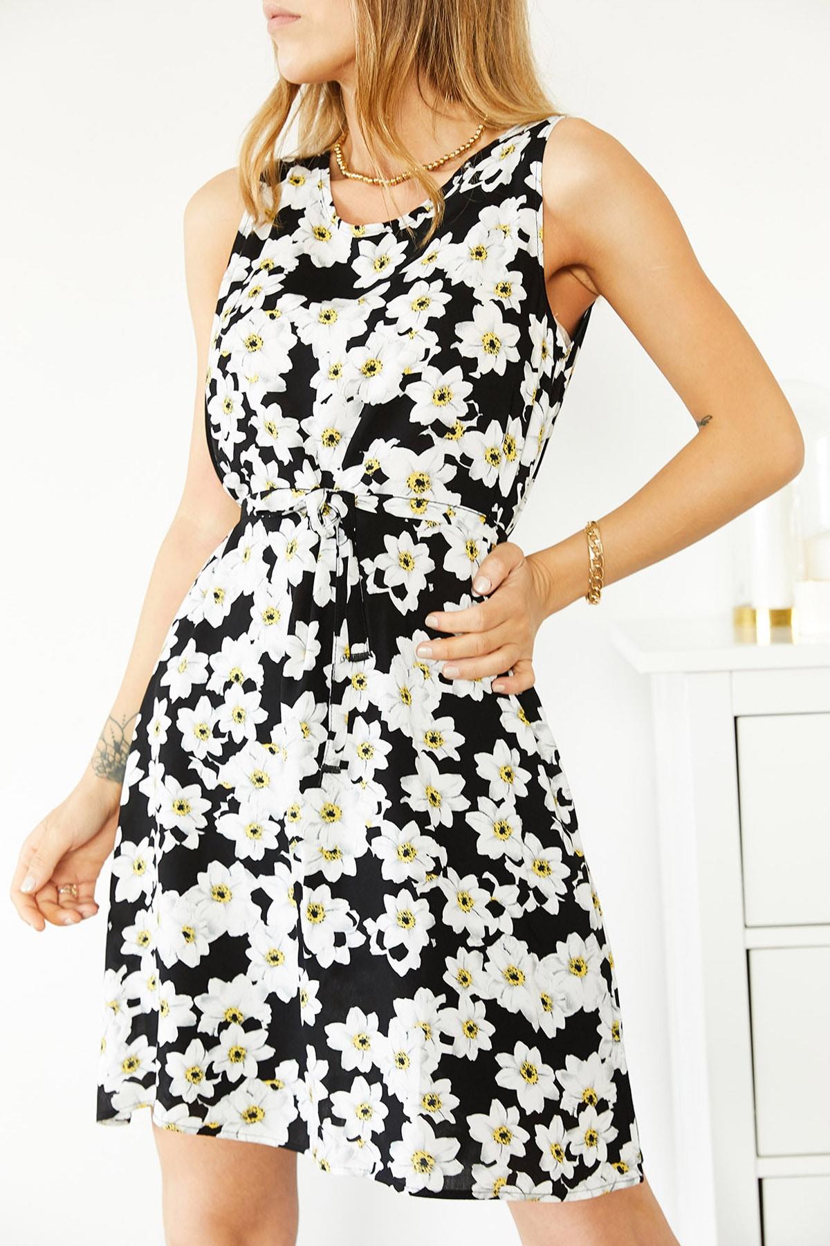 XHAN Kadın Siyah & Beyaz Çiçek Desenli Kolsuz Elbise 0YXK6-43858-02 8699443858021
