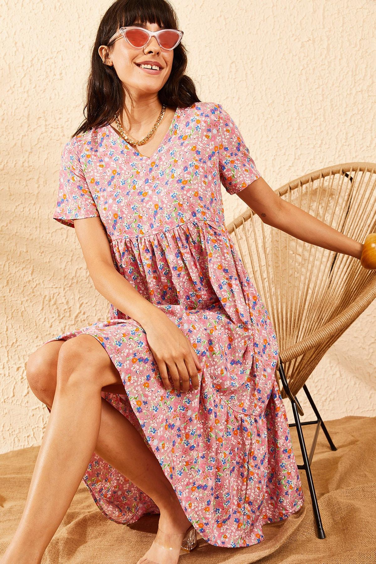 Bianco Lucci Kadın Pembe Beli Lastikli V Yaka Eteği Fırfırlı Kloş Elbise 10091007