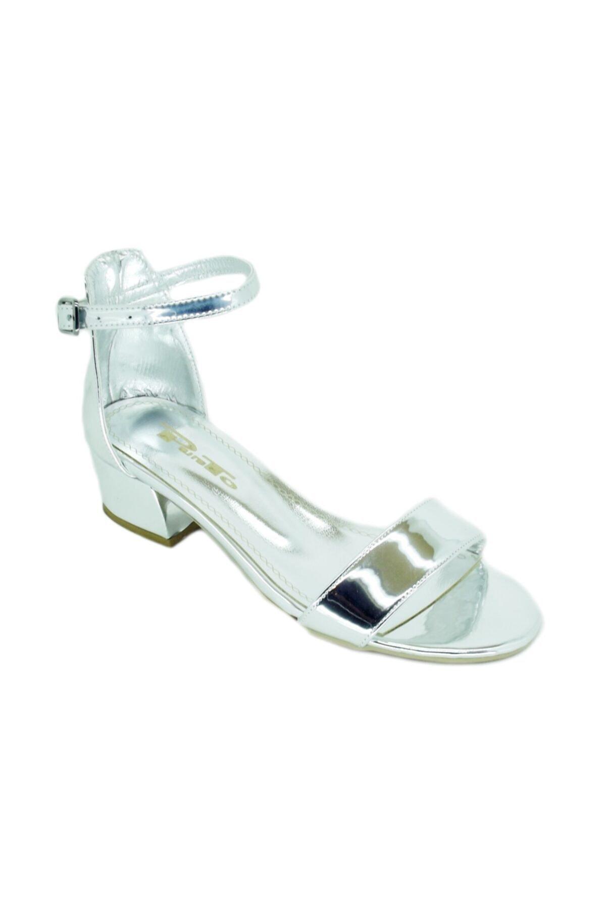 PUNTO Kadın Gümüş Kalın Topuk Tek Bantlı Ayakkabı 456038 1