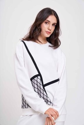 Mizalle Mızalle Organze Detaylı Sweatshirt (ekru)