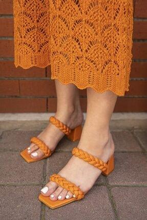 STRASWANS Kadın Turuncu Örgü Detay Topuklu Sandalet
