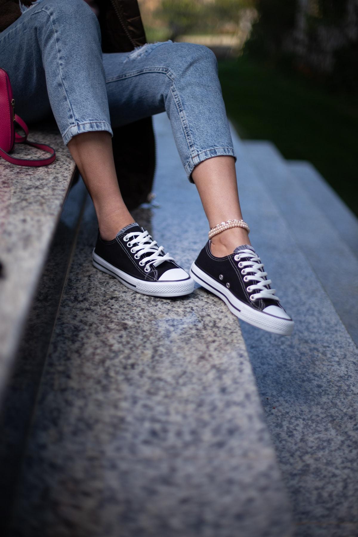 ESPARDİLE Siyah-Beyaz Kadın Spor Ayakkabı 1