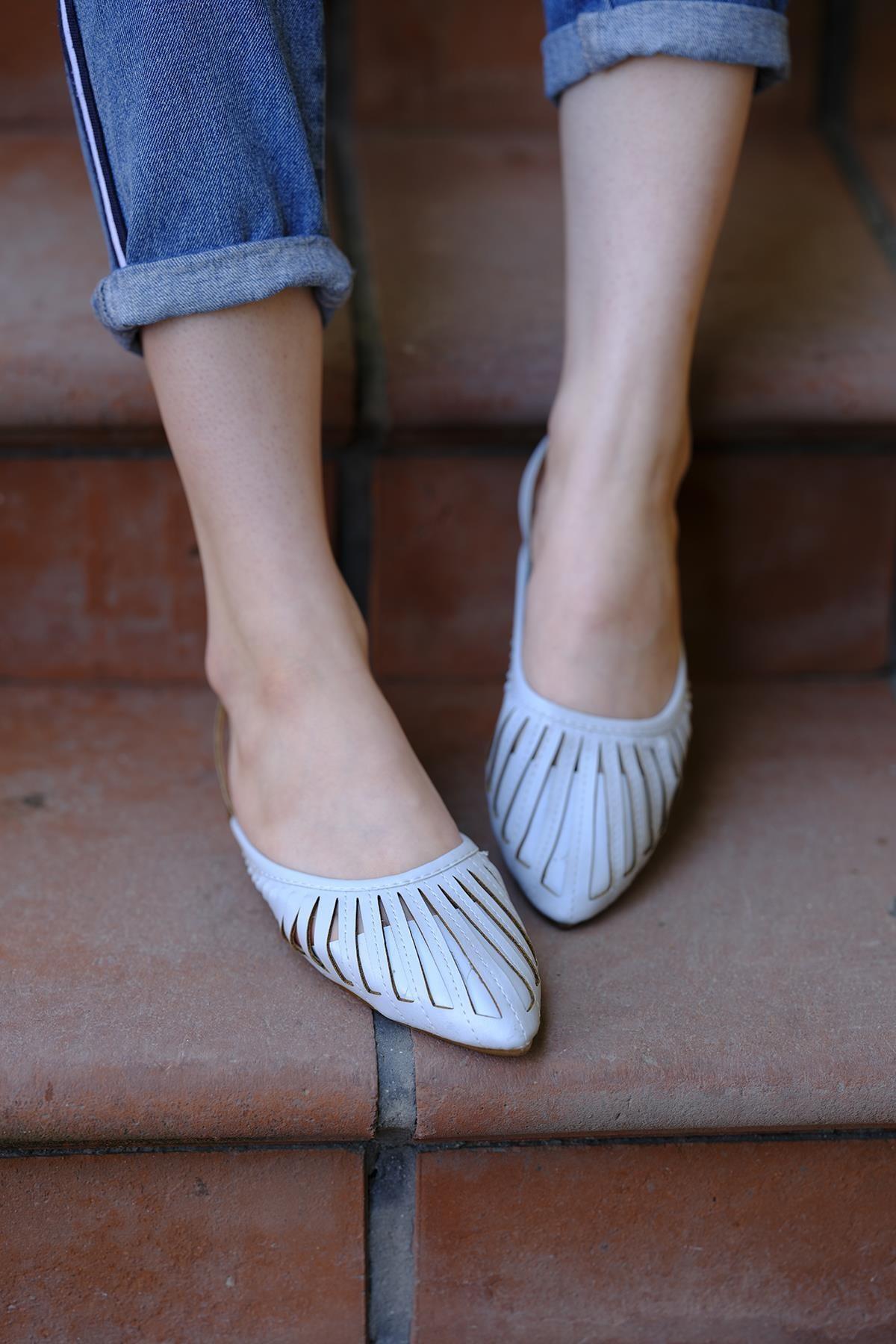 Oksit Toklu San Kadın Sandalet 1