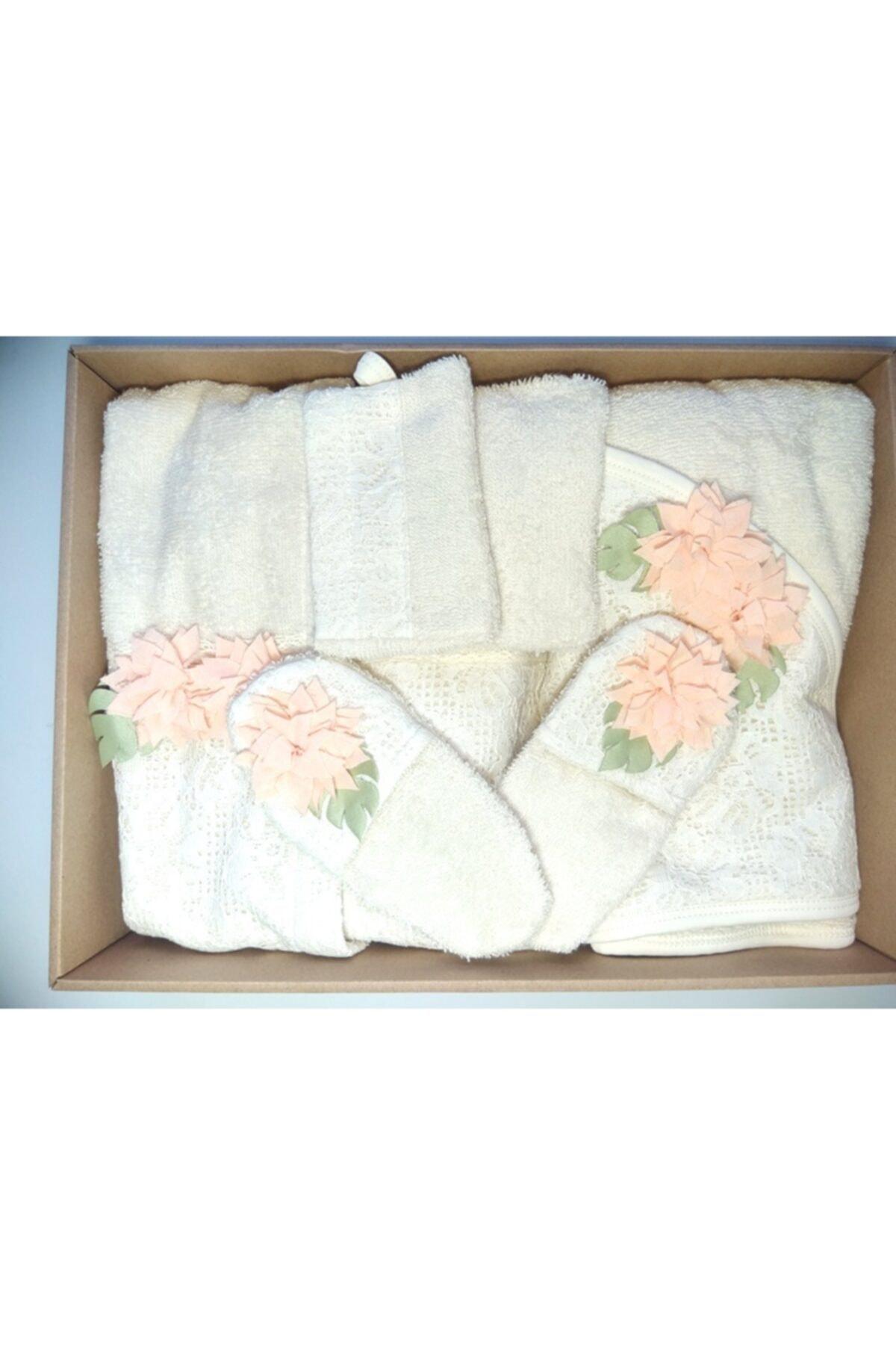 Bebbemini 1660 Natural Güpürlü 5'li Kız Bebek Bornoz Seti Somon 1