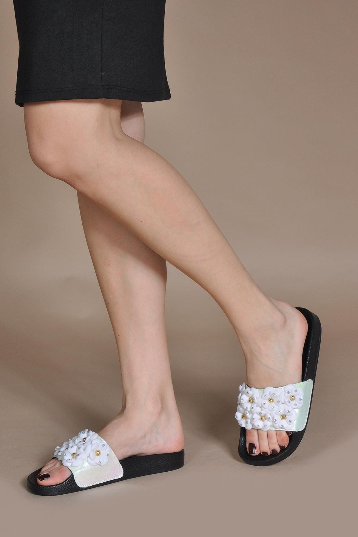 Vizon Ayakkabı Kadın Beyaz Suni Deri Terlik Vzn20-169y 2