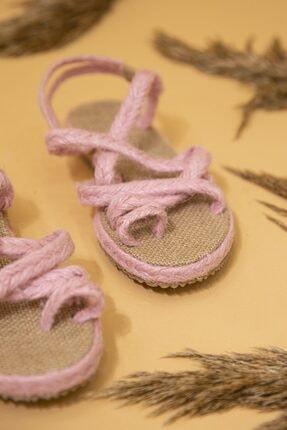 STRASWANS Kadın Hasır Parmak Arası Sandalet