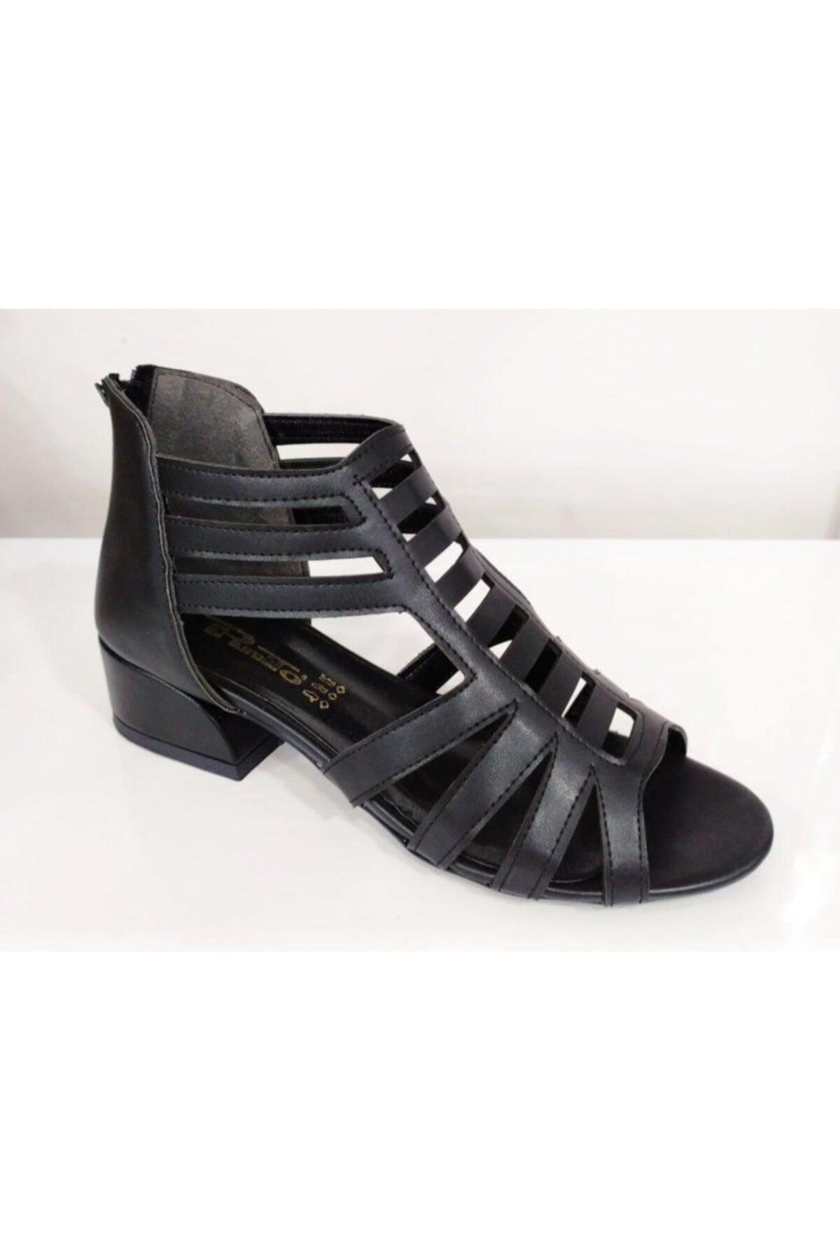 PUNTO Kadın Siyah Şeritli Sandalet 667103z 1