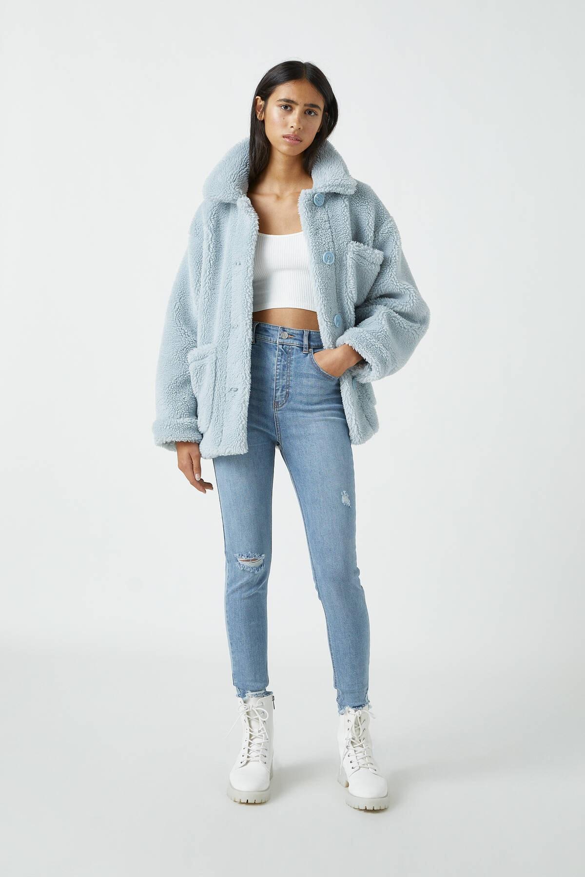 Pull & Bear Kadın Açık Mavi Yüksek Bel Skinny Fit Kapri Jean 09689301 1