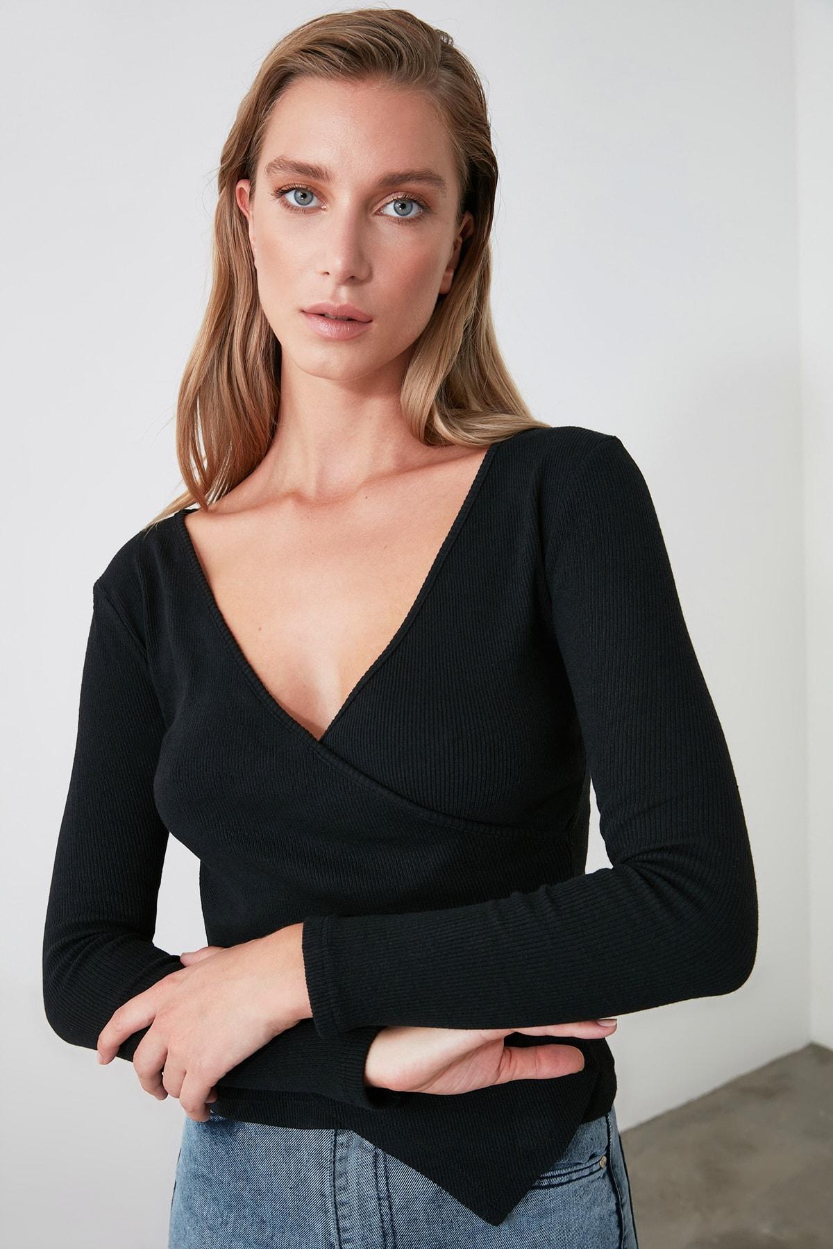 TRENDYOLMİLLA Siyah Kruvaze Örme Bluz TWOAW21BZ1274 2