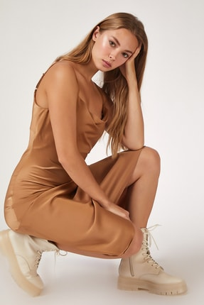 Happiness İst. Kadın Camel Saten Yüzeyli Maxi Kamisol Elbise  FN02381