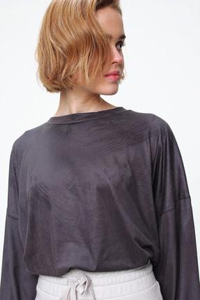 Trend Alaçatı Stili Kadın Duman Gri Bisiklet Yaka Beli Lastikli Süet Crop Sweatshirt MDS-509-SU2