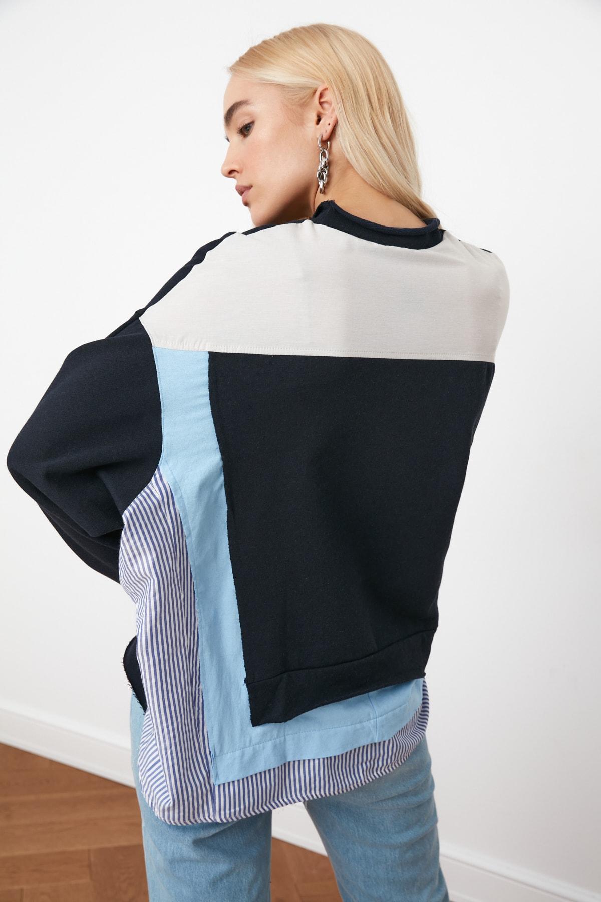 TRENDYOLMİLLA Lacivert Renk Bloklu Salaş Örme Sweatshirt TWOSS20SW0087 1