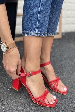 İnan Ayakkabı Kadın Kırmızı 4 Bant Düğümlü Topuklu Sandalet