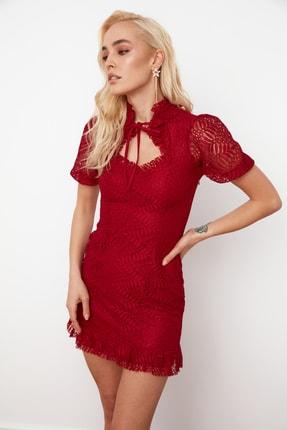 TRENDYOLMİLLA Bordo Yaka Detaylı Dantel Elbise TPRSS21EL0145
