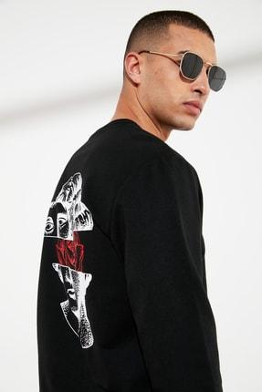 TRENDYOL MAN Siyah Erkek Sırtı Baskılı Sweatshirt TMNSS21SW0043