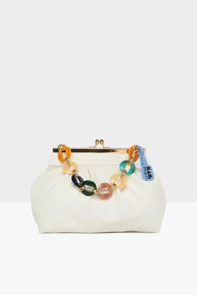 Bagmori Beyaz Kadın Yatay Burslu Askik Aksesuarlı Klasik Çanta M000005738