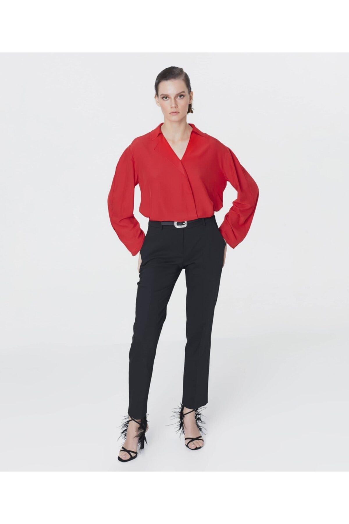 İpekyol Yaka Detaylı Bluz 1
