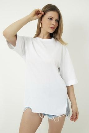 Vis a Vis Kadın Beyaz Bisiklet Yaka Katlı Yarım Kol Oversize  T-Shirt STN878KTS121
