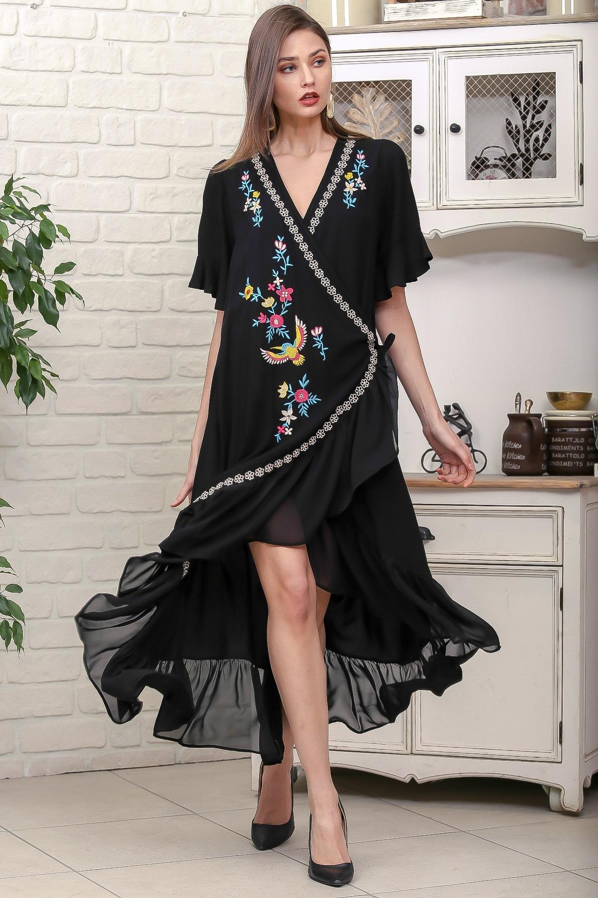 Chiccy Kadın Siyah Kruvaze Anka Kuşu Nakışlı Anvelop Kolu Ve Etek Ucu Fırfır Dokuma Elbise M10160000EL95888
