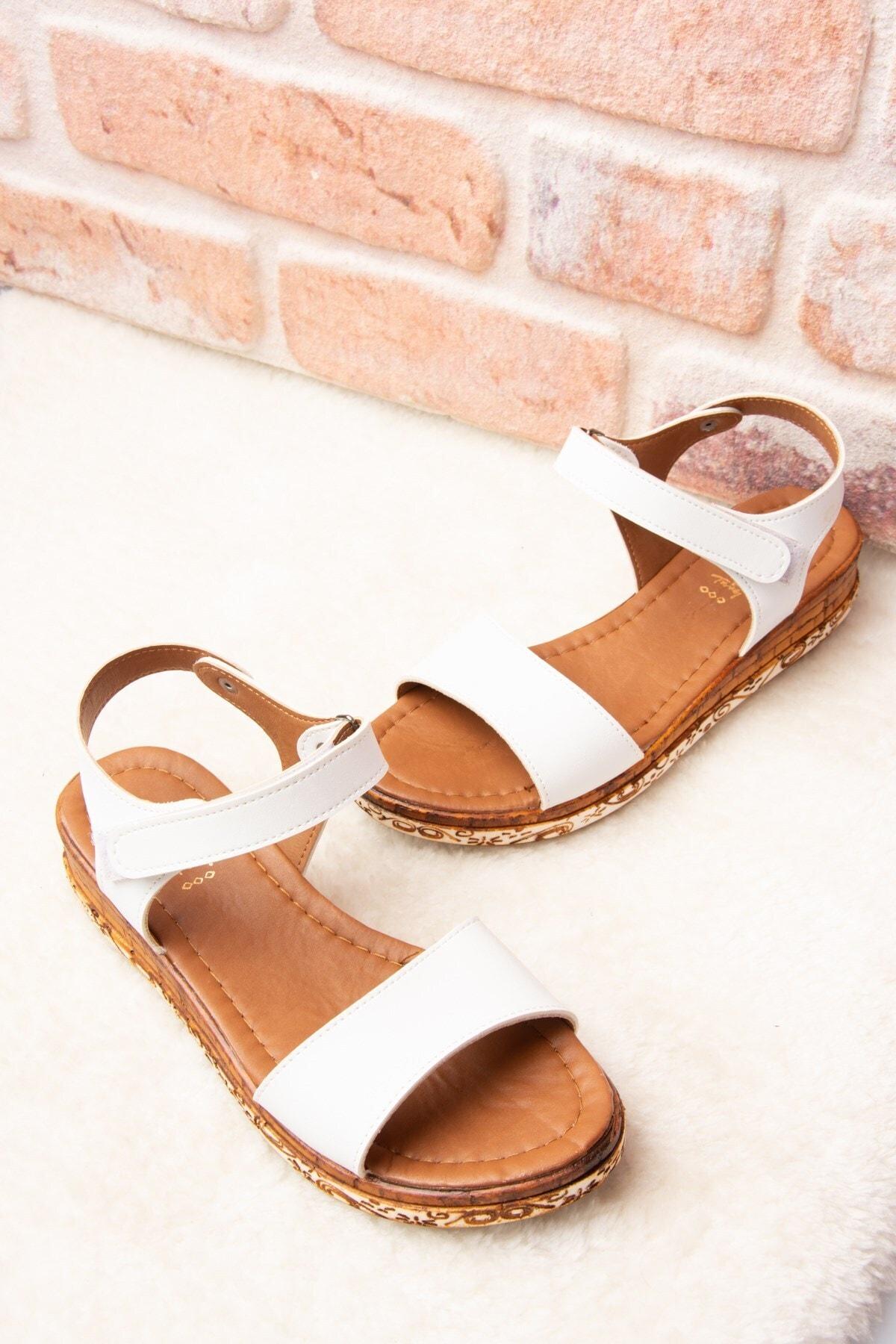 Fox Shoes Kadın Beyaz Sandalet F288061309 2