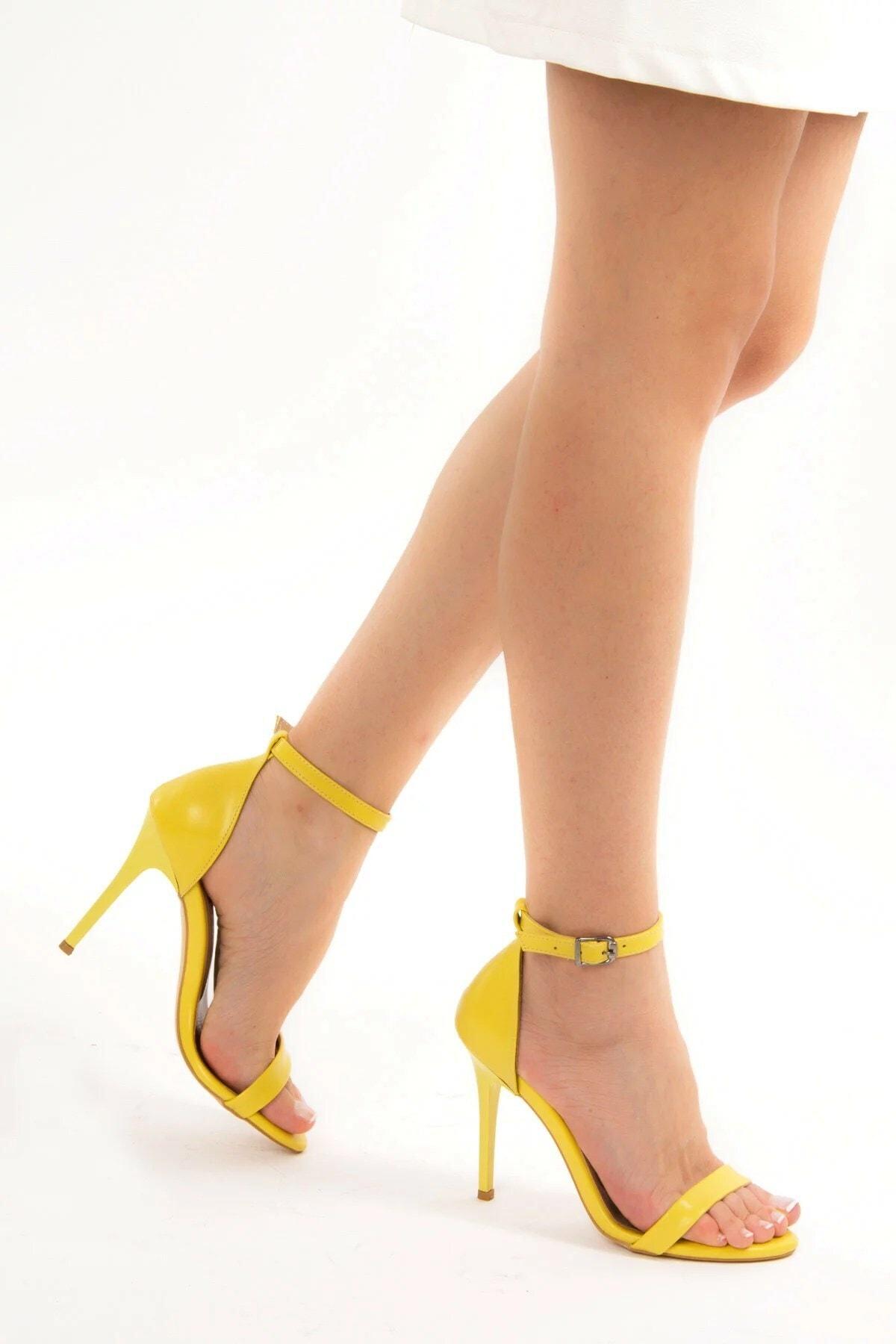 Fox Shoes Sarı Kadın Topuklu Ayakkabı B922112609 1