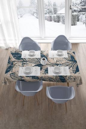 Hediyeler Kapında Mavi Desenli Masa Örtüsü